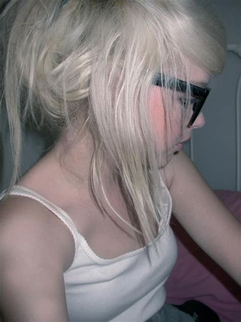 girl hairstyles blonde cute emo girls blonde hairstyles 2009 hairstyles