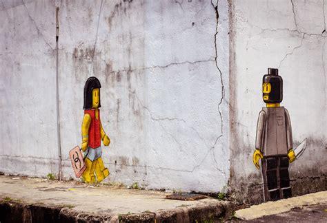 astonishing street art  ernest zacharevic  vandallist