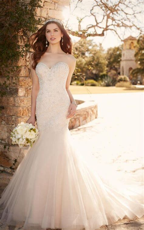 Wedding Dresses Pictures by Fit And Flare Wedding Dress With Tulle Skirt Essense Of