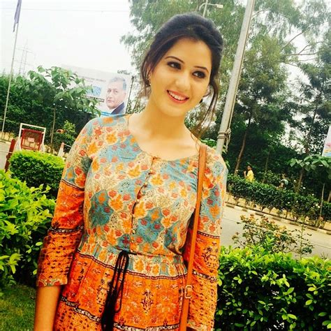 punjabi biography for instagram punjabi actress isha rikhi instagram pics in salwar kameez