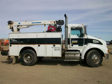 kenworth service truck for sale 2004 kenworth t300 service truck with crane service truck