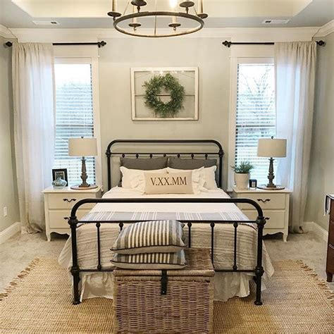 farmhouse style bedroom furniture 25 great ideas about farmhouse master bedroom on