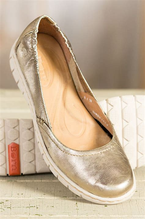 comfortable walking shoes for women travel 17 best images about comfortable shoes on pinterest