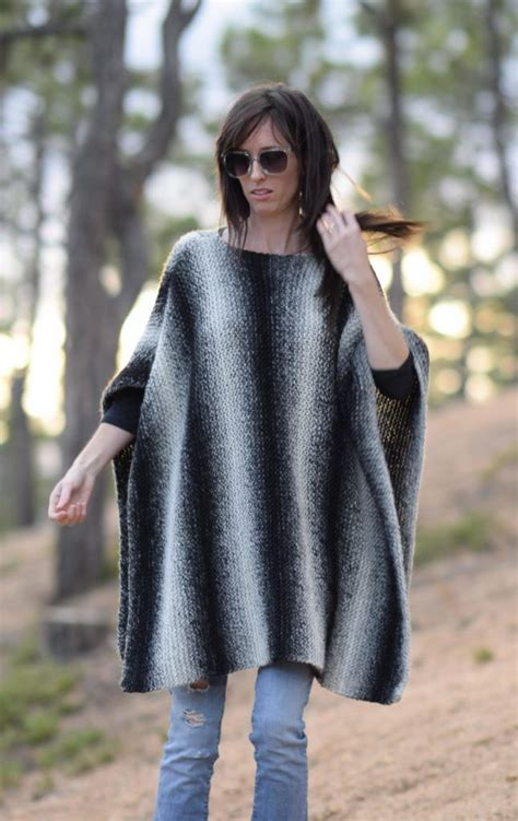 knitting a poncho for beginners 3398 best pretty knitting patterns images on