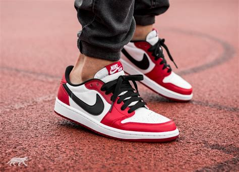 Sepatu Nike Air 1 Og High Chicago Premium Quality nike air 1 retro low og chicago varsity
