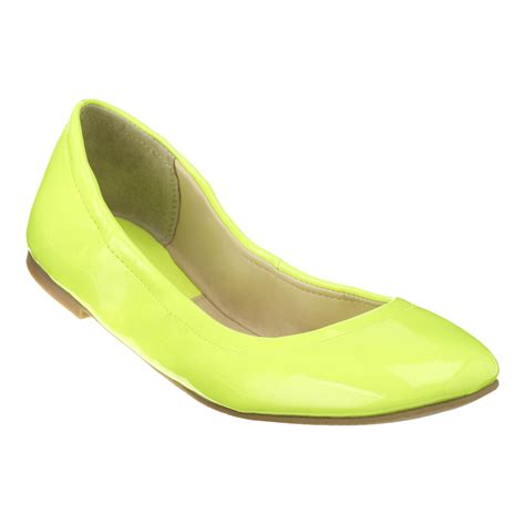 neon flats shoes nine west augustina flats in yellow neon yellow patent