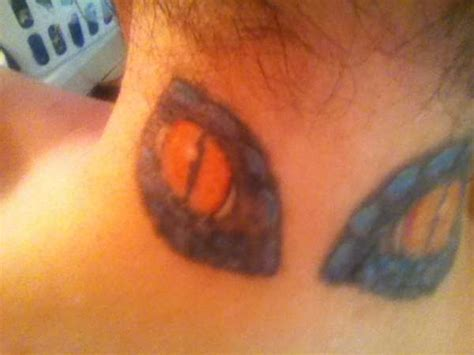eyeball tattoo on back of head eyes in the back of head tattoo