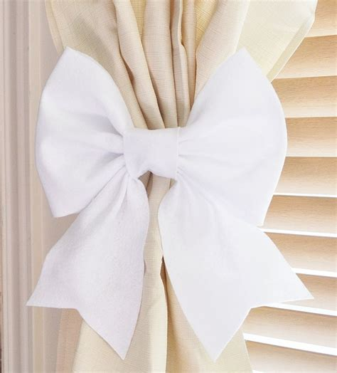 Curtain Tie Backs For Nursery Best 25 White Curtain Holdbacks And Tiebacks Ideas On Pinterest White Curtain Holdbacks Pink