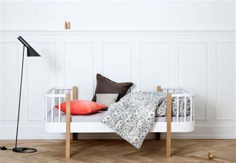 oliver furniture kleiderschrank 3 türig oliver furniture flair for children s spaces