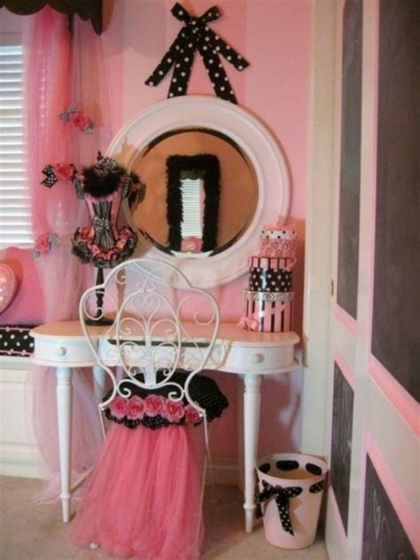 paris themed girls bedroom how to create a charming girl s room in paris style
