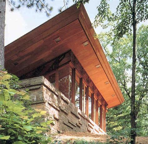 frank lloyd wright house wisconsin dells the wisconsin sand county frank lloyd wright seth peterson cottage