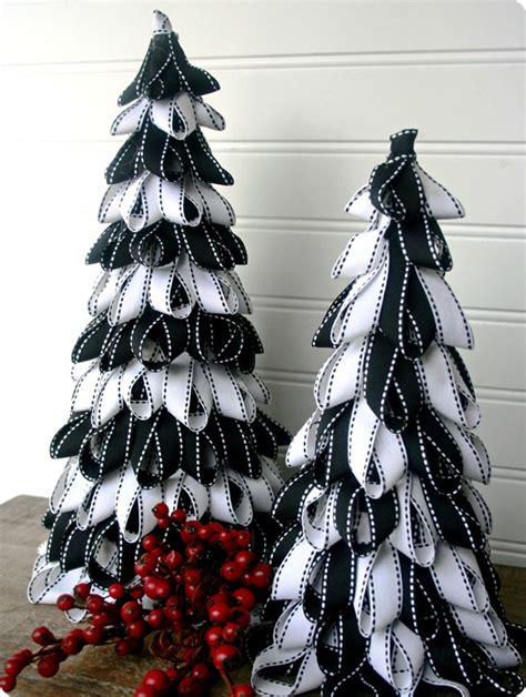 ribbon christmas trees tutorial whipperberry