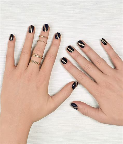 For A Properly Festive Vibe Get Nails And A Mysterious Smokey Eye From The By Terry Collection Fashiontribes by Festive Nail Get Glowing Nail