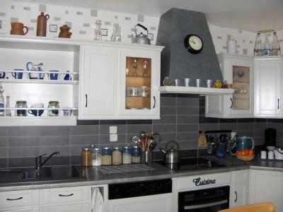 deco cuisine blanche et grise decoration cuisine grise et blanche