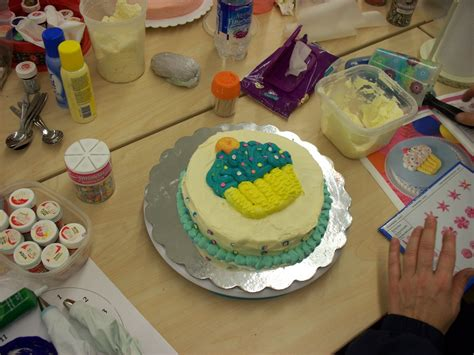 Joanns Cake Decorating by Happy In Pa Cake Decorating Class At Joann Fabrics