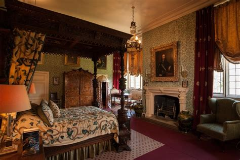 castle bedroom castle rooms sudeley castle gardens