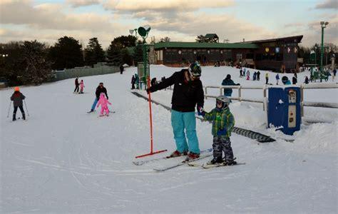 Pine Knob Ski School learning to ski and snowboard