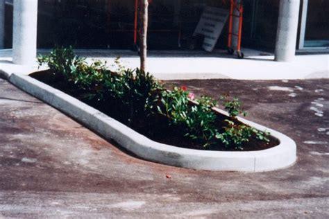 Landscape Edging Machine Rental Kwik Kerb Landscape Edging Concrete Carpark Curbing Laid
