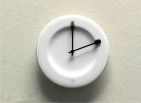 Creative Clock by 25 Cool And Unusual Clocks Bored Panda