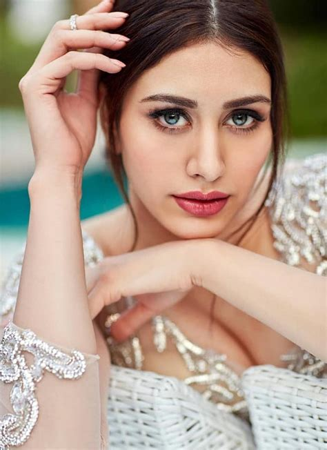 actress name with khan warina hussain to debut with aayush sharma in loveratri