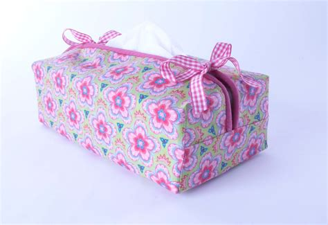 tissue box cover sewing tutorial by debbie shore costura