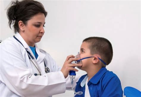 trouble breathing symptoms of pneumonia various symptoms of pneumonia home remedies