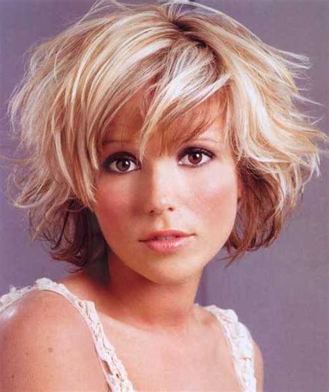 cute short haircuts for thick hair wavy hair short haircuts for wavy hair short hairstyles 2017