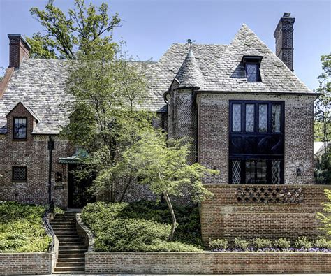 buy house wa obamas buying house in washington dc