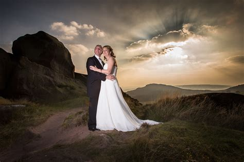 Professional Photography by Why You Should Hire Professional Wedding Photographers
