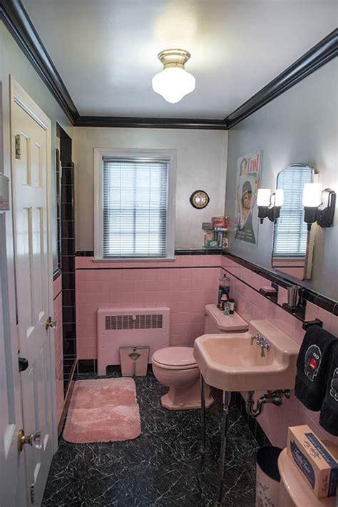 bathroom trinkets 20 best ideas about pink bathroom vintage on pinterest pink bathrooms pink