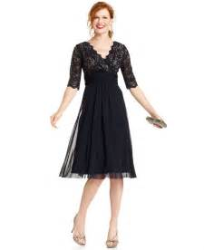 Vee Decor Jessica Howard Lace Empire Waist Dress