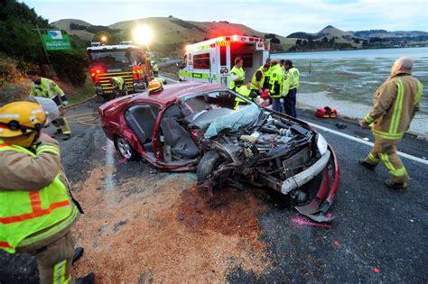 injuries  peninsula crash otago daily times