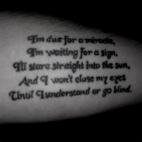 tattoo lyrics d sound thrice song lyrics stranger i met in a bar tattoos