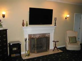 Can I Mount A Tv Above A Gas Fireplace by Tv Mount On Fireplace Wall Fireplace Design And Ideas