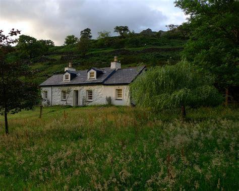 cottage in snowdonia 3 bedroom cottage in caernarfon gwynedd snowdonia 8142468