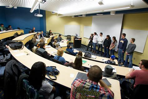 Of Michigan Flint Mba Review by Um Flint School Of Management Featured In Best 295