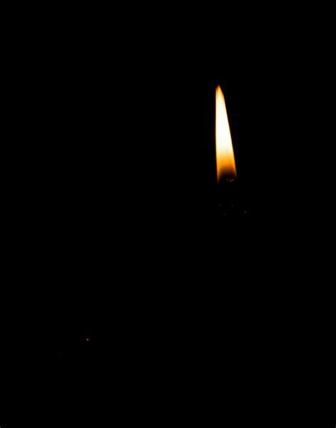 candela accesa gt ryutan gli porse una candela accesa il maestro offri