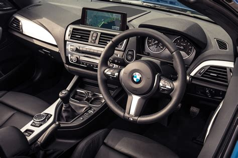 Bmw 2 Series Manual Transmission by 2018 Bmw M240i Convertible Interior 2020 Best Car Specs