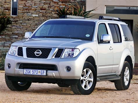 photos and videos 2010 nissan pathfinder suv history in pictures kelley blue book тюнинг nissan pathfinder suv 2010 фото тюнинга