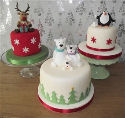 celebration and novelty cakes christmas cakes pinterest
