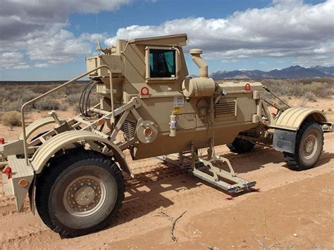 Hummer Husky Army husky system mine ieds detection clearing vehicle