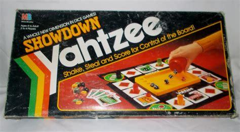 Gamis Svj 5 showdown yahtzee by milton bradley dice board of