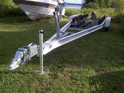 aluminum boat trailers for sale ontario 2009 aluminum triaxle boat trailer for sale in the lindsay