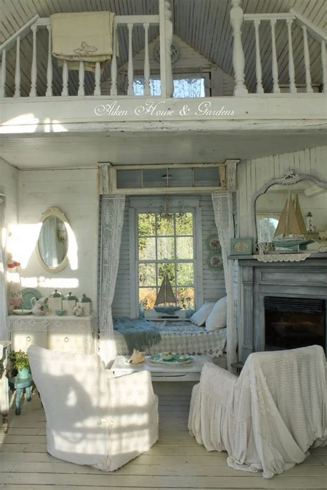 the shabby chic cottage best 25 cottage chic ideas on cottage style