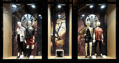 Lemari Kaca Berlu marcs spencer window displays autumn 2012 budapest