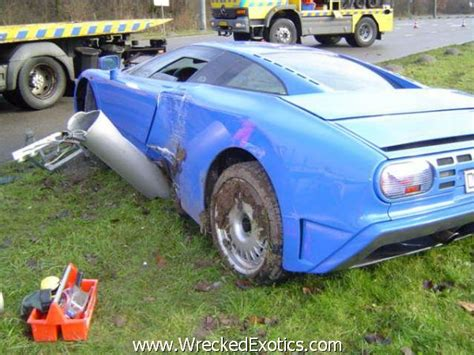 bugatti eb110 crash top 10 most expensive car crashes ever gt gt four winds 10
