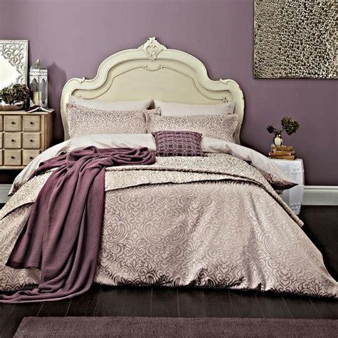 white and mauve bedrooms best 25 lavender bedding ideas on pinterest lavender