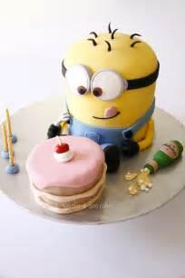 minions kuchen delicious despicable me minion cakes stylish