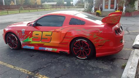 bett cars lightning mcqueen mustang pimped out to look like lightning mcqueen from