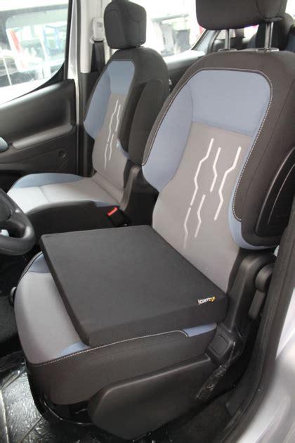 ameliorer confort siege voiture coussin rehausseur pour la voiture position de conduite